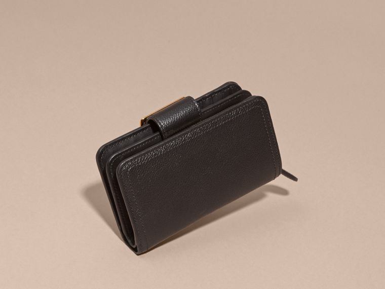 Buckle Detail Grainy Leather Wallet in Black - cell image 4