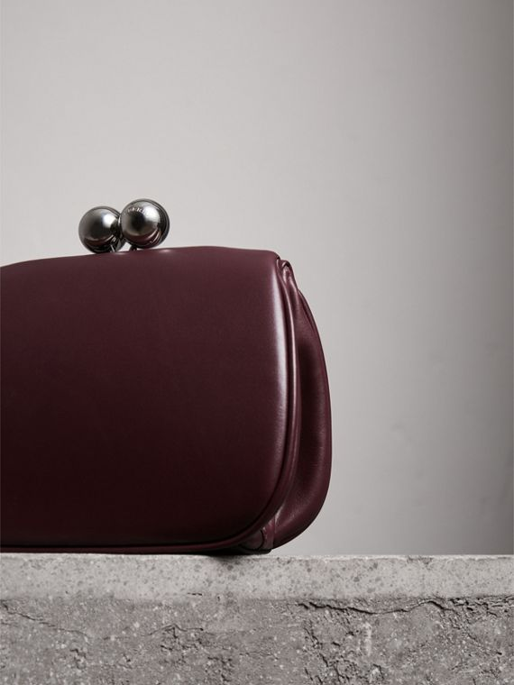 Small Leather Metal Frame Clutch Bag in Burgundy - Women | Burberry - cell image 2