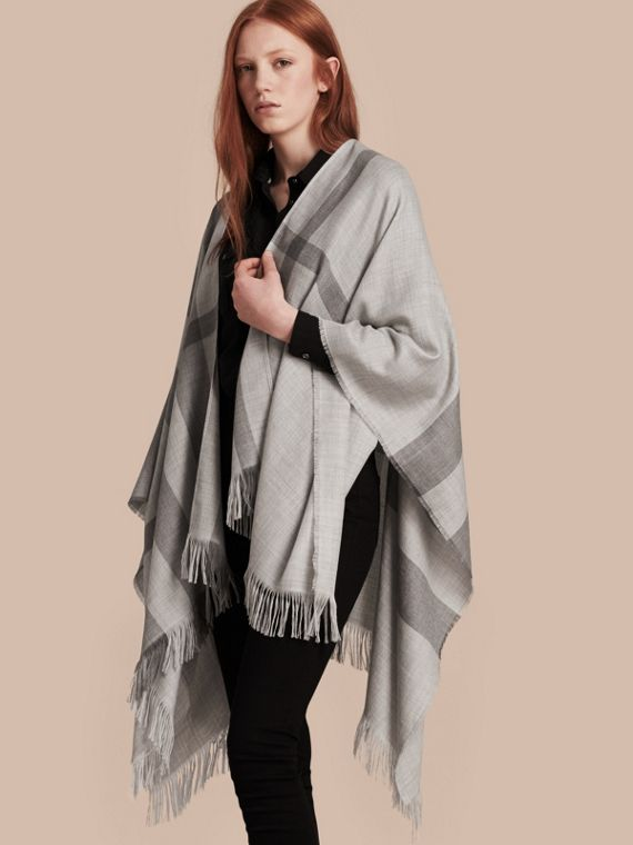 Lightweight Check Cashmere Poncho Pale Grey