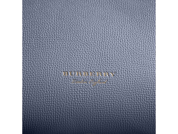 The Medium Banner aus Leder und House Check-Gewebe (Schieferblau) - Damen | Burberry - cell image 1