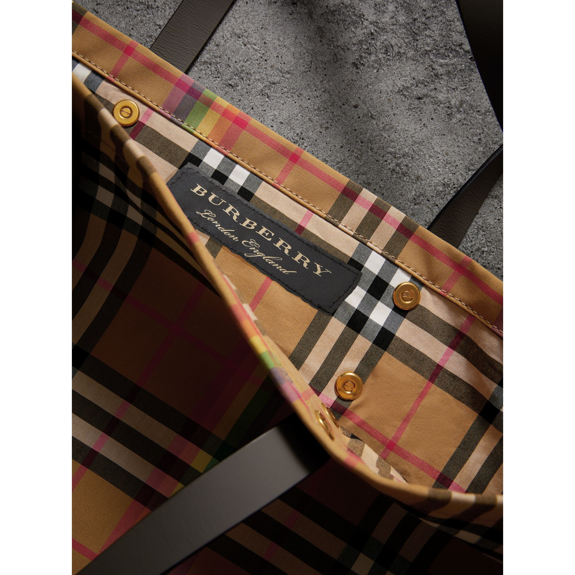 Large Rainbow Vintage Check Shopper in Dark Grey | Burberry Singapore - gallery image 6