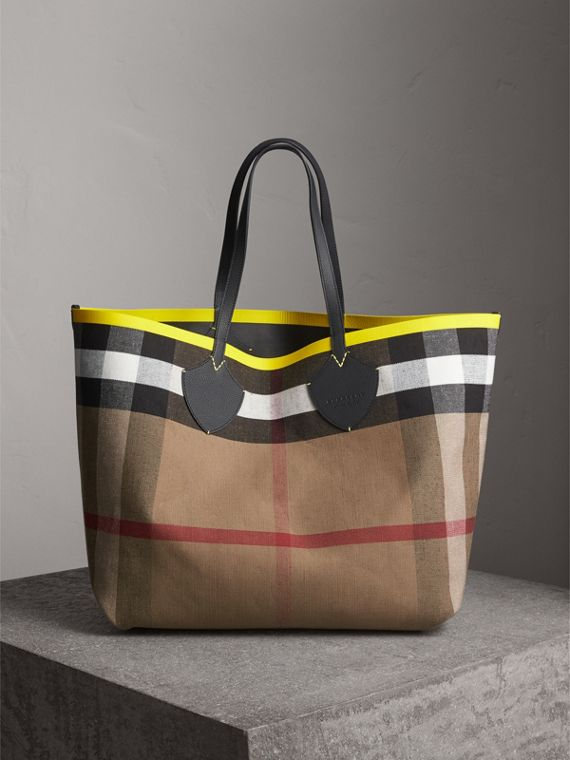 Borsa tote The Giant reversibile in cotone con motivo Canvas check e pelle (Nero/giallo Neon)