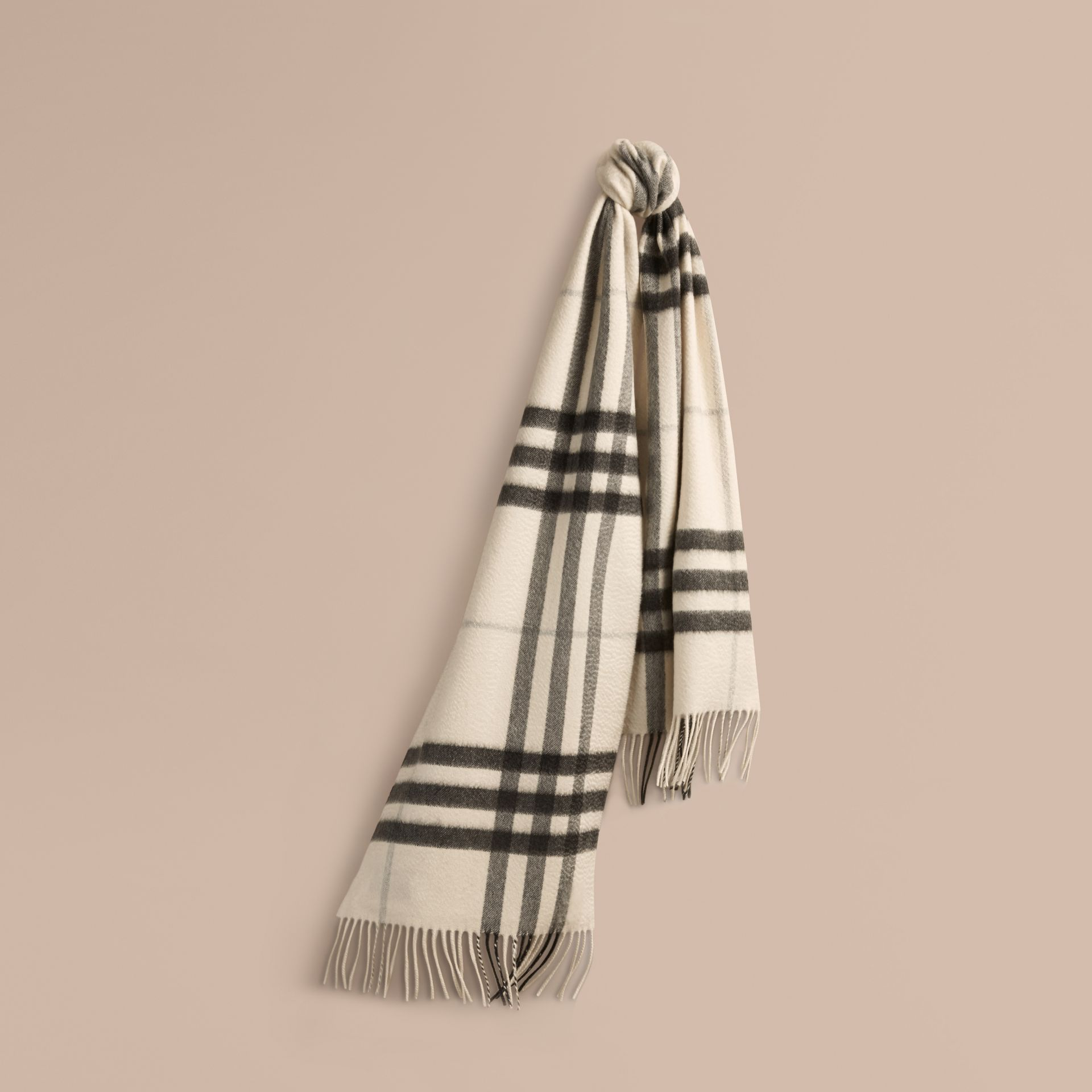 The Classic Cashmere Scarf in Check Natural White - gallery image 6