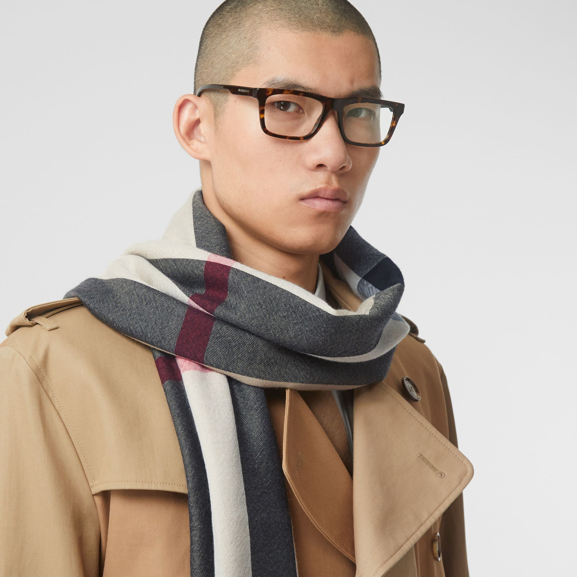 Lightweight Check Cashmere Scarf in Archive Beige | Burberry Hong Kong S.A.R - gallery image 3