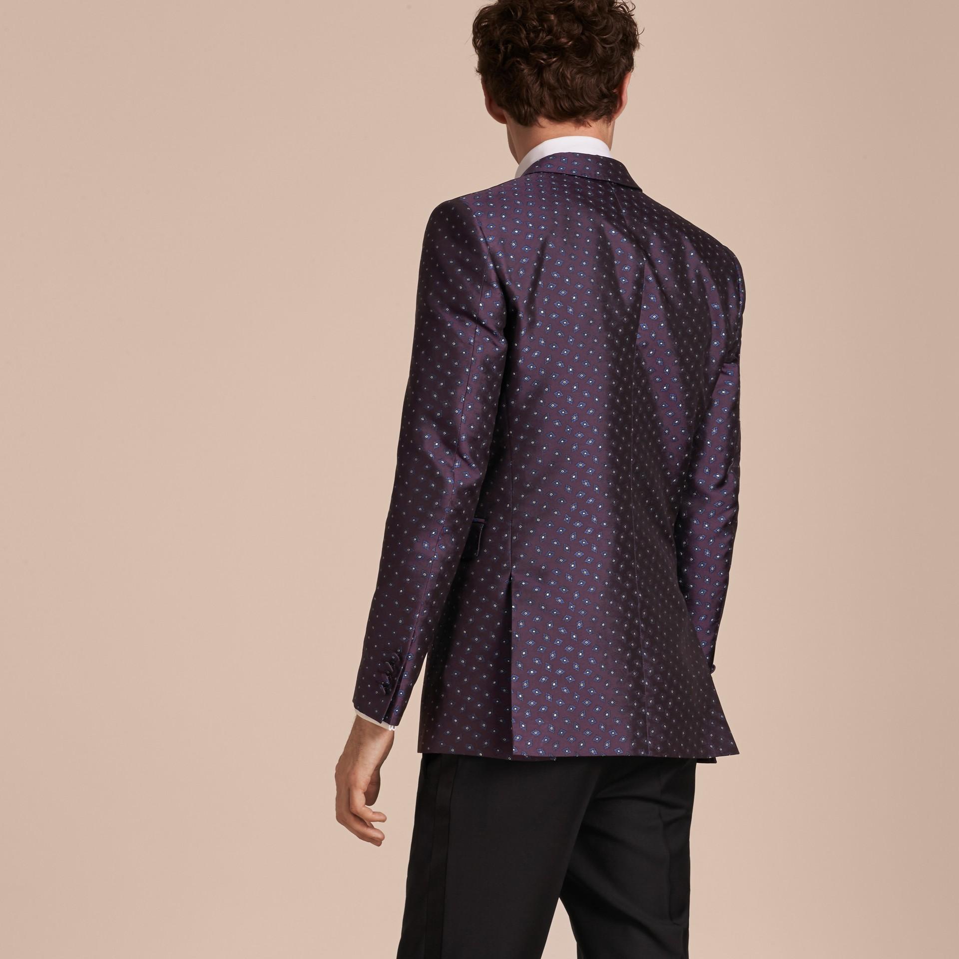 Berenjena oscuro Chaqueta de vestir entallada en jacquard de seda con motivo geométrico - imagen de la galería 3