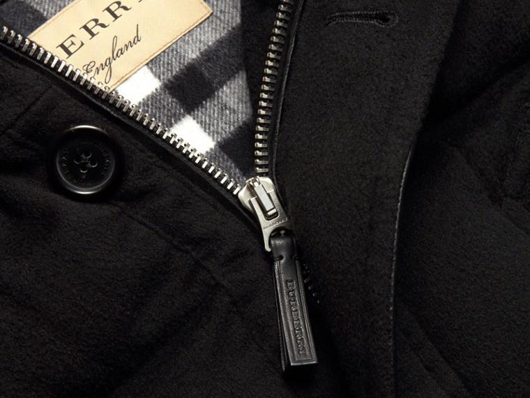 Noir Parka en cachemire rembourrée avec bordure en fourrure amovible Noir - cell image 1