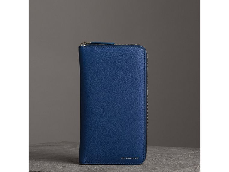Grainy Leather Ziparound Wallet in Bright Ultramarine - Men | Burberry - cell image 4