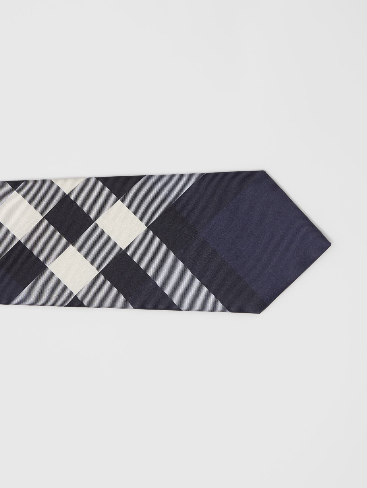 Classic Cut Check Silk Tie# in Navy