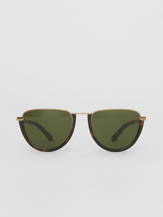 Óculos de sol com armação aviador meia lua (Casco  Tartaruga)