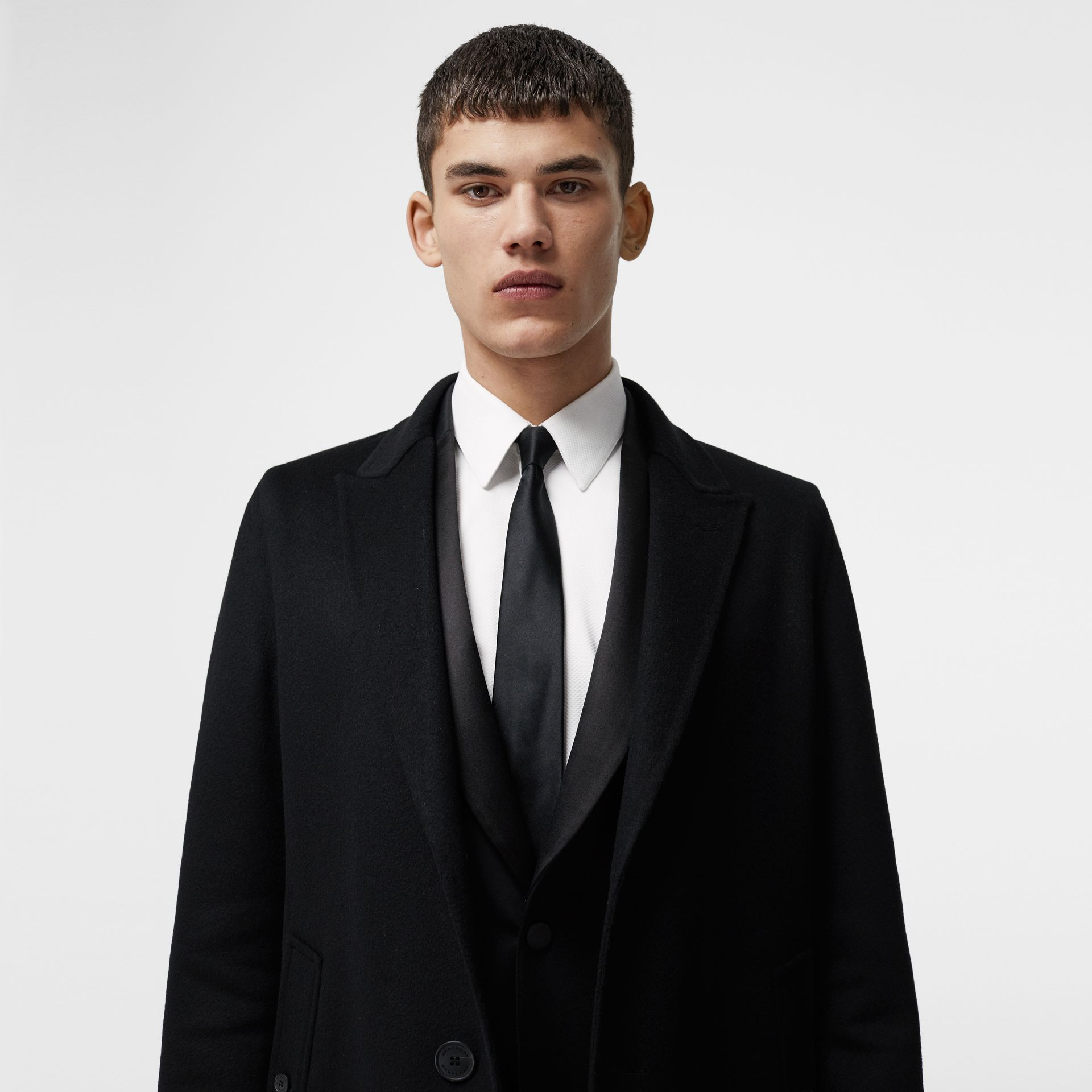 Cashmere Tailored Coat in Black - Men | Burberry - gallery image 3