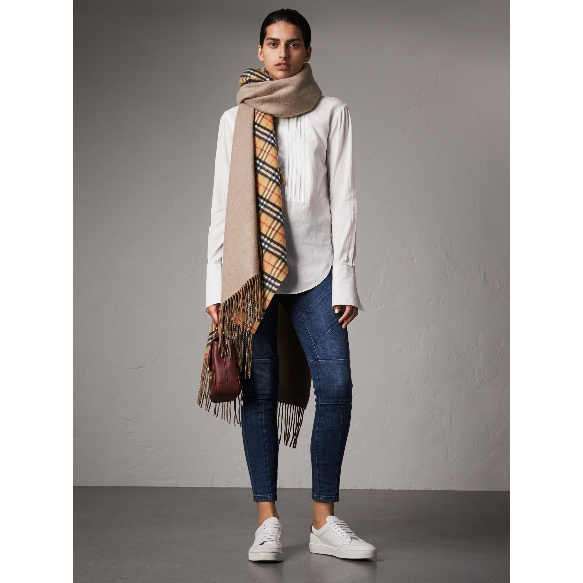 Reversible Vintage Check Cashmere Wool Poncho in Sandstone - Women | Burberry - gallery image 4