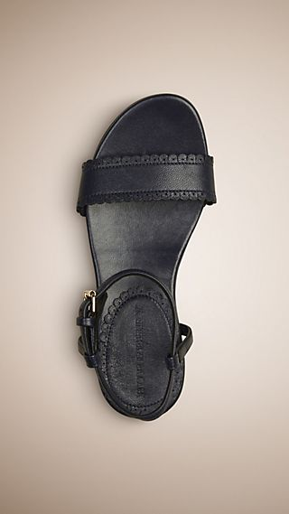 Scallop Trim Leather Sandals