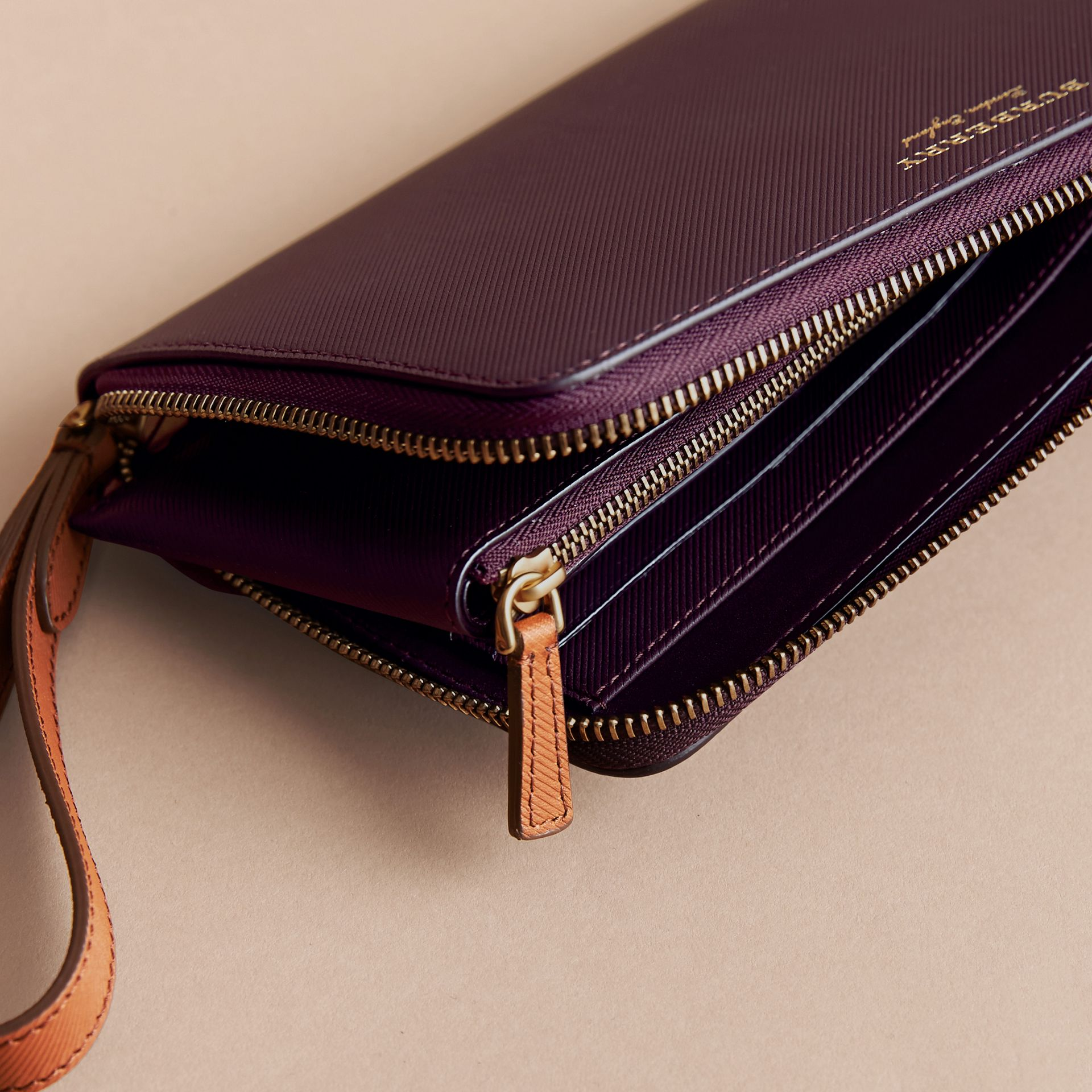 Two-tone Trench Leather Travel Wallet in Wine - Men | Burberry - gallery image 4