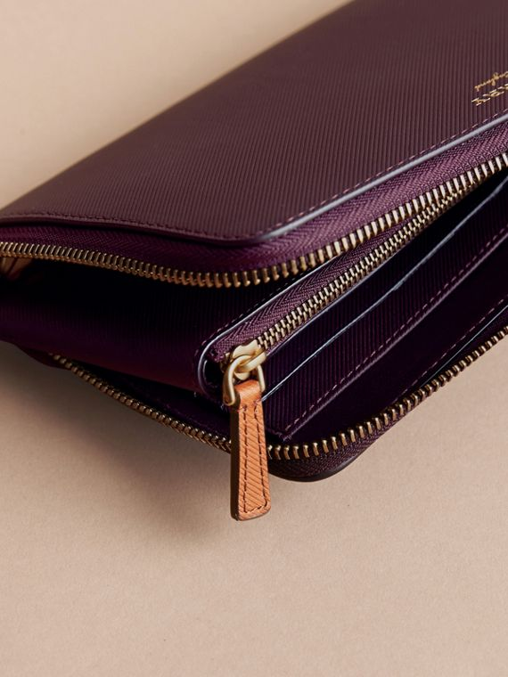 Two-tone Trench Leather Travel Wallet Wine - cell image 3