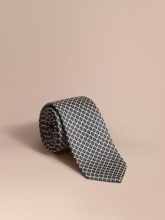 Modern Cut Silk Jacquard Tie Black