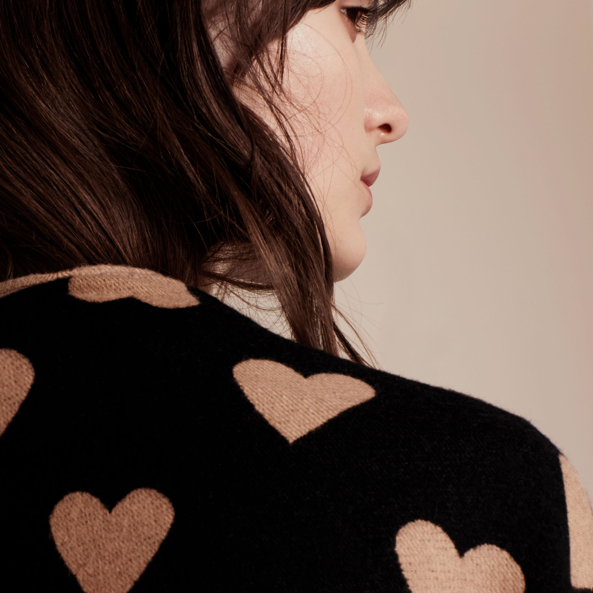 Heart Jacquard Merino Wool Poncho in Camel/black - gallery image 6