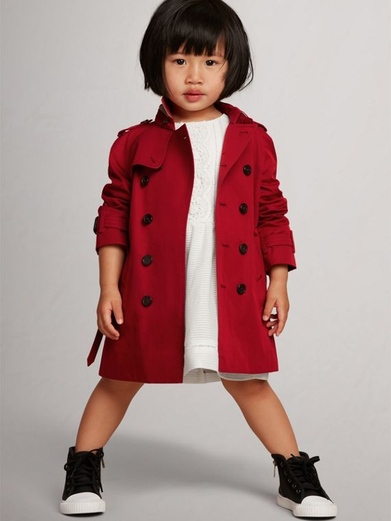The Wiltshire Trench Coat in Parade Red