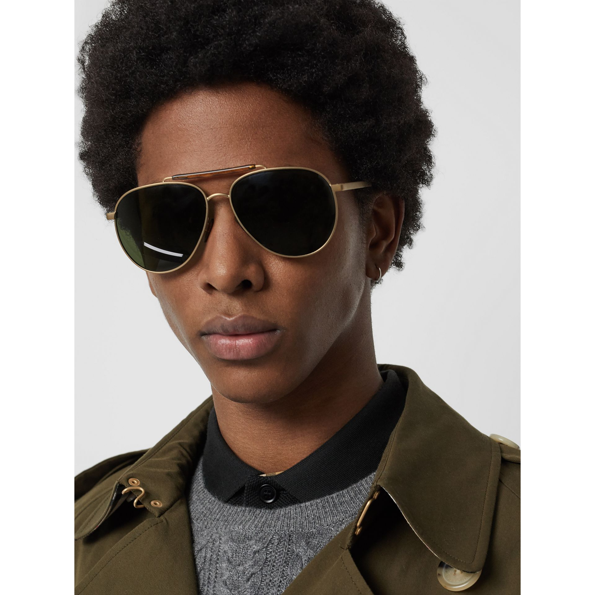 Top Bar Detail Pilot Sunglasses in Green - Men | Burberry Canada - gallery image 2