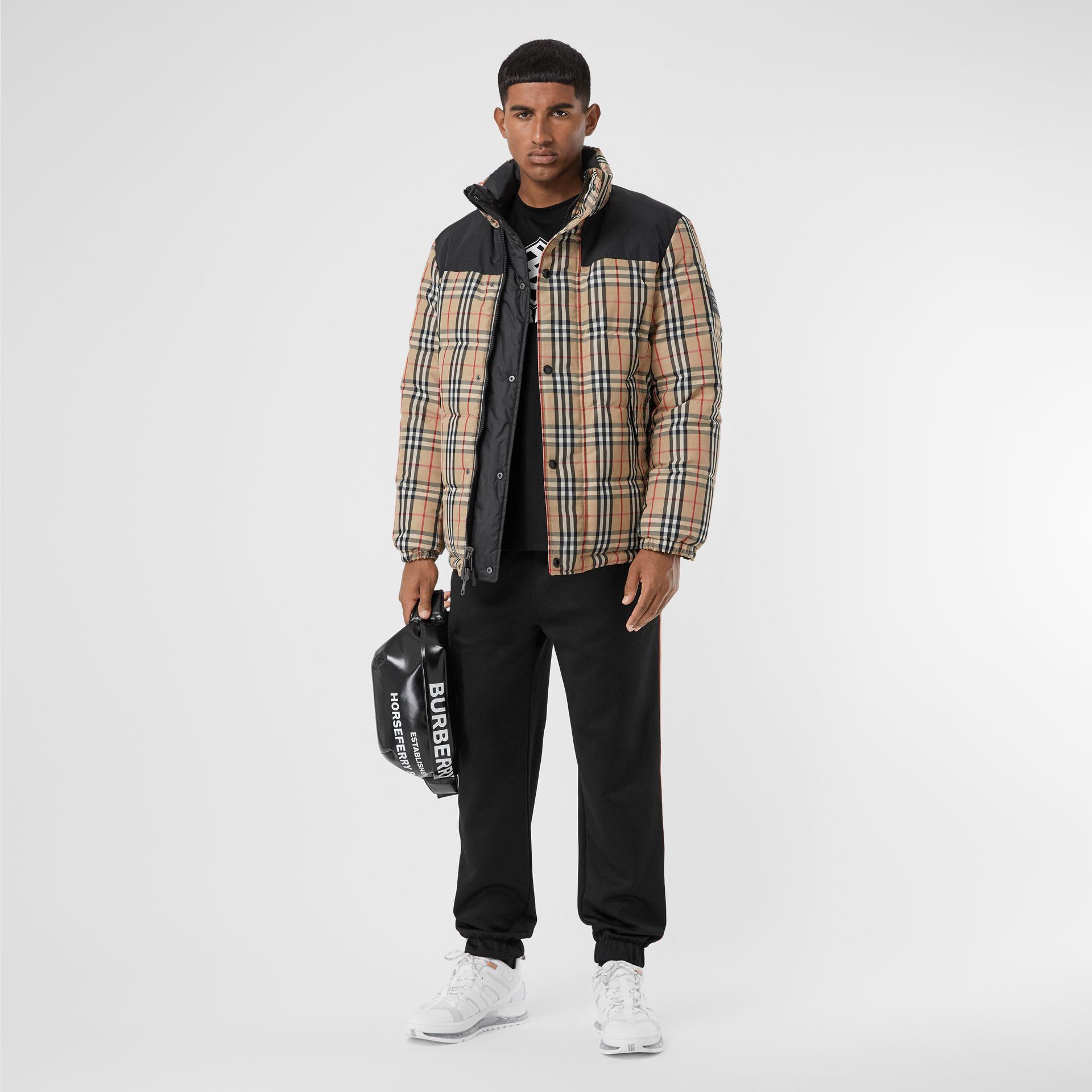 Reversible Vintage Check Recycled Polyester Jacket in Archive Beige - Men | Burberry - gallery image 0