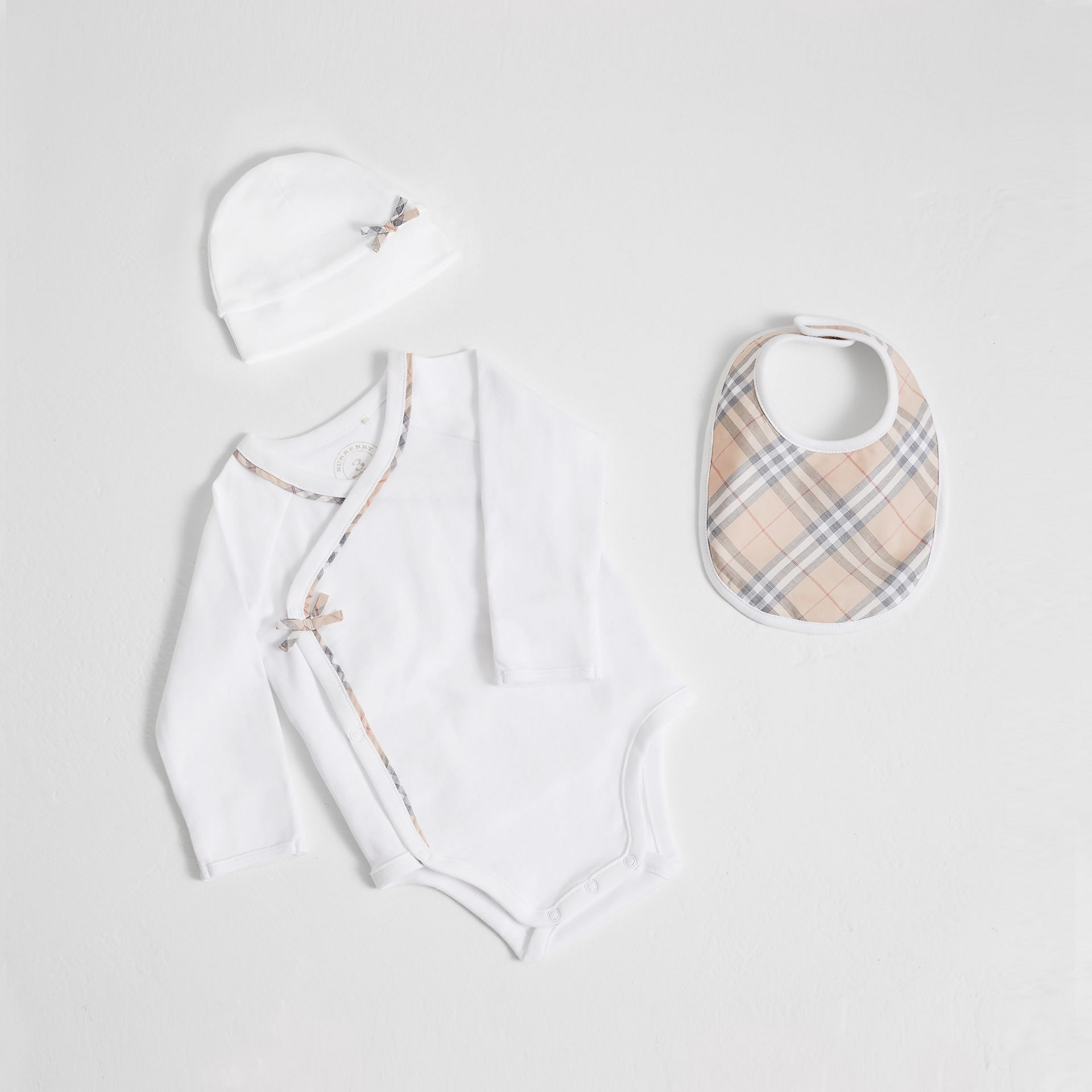 Check Cotton Three-piece Baby Gift Set in White | Burberry - gallery image 0