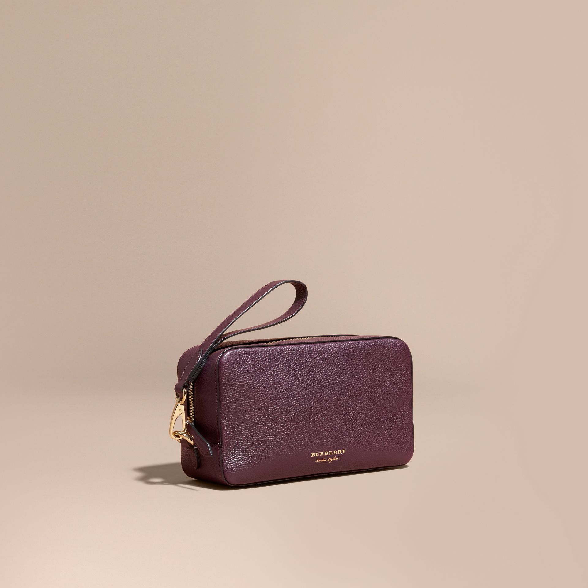 Dark amethyst Grainy Leather Washbag - gallery image 1