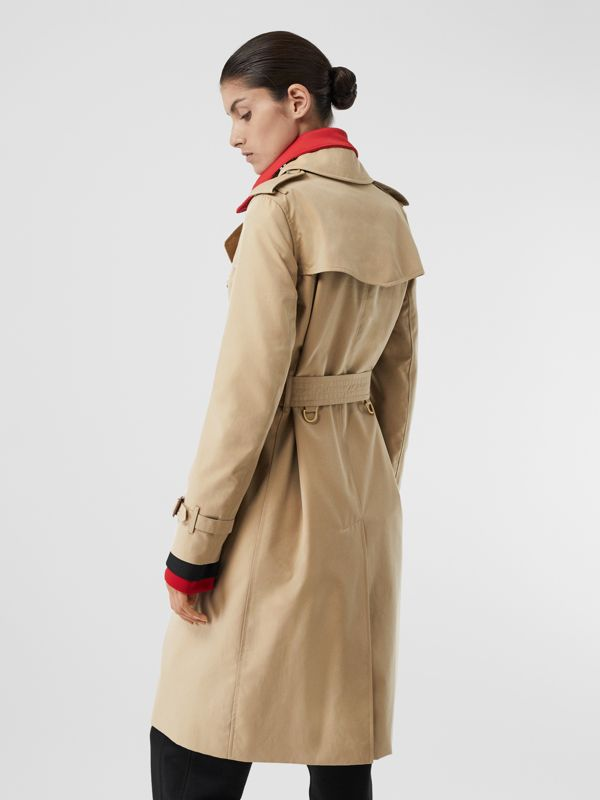 The Long Kensington Heritage Trench Coat in Honey - Women | Burberry Australia - cell image 2