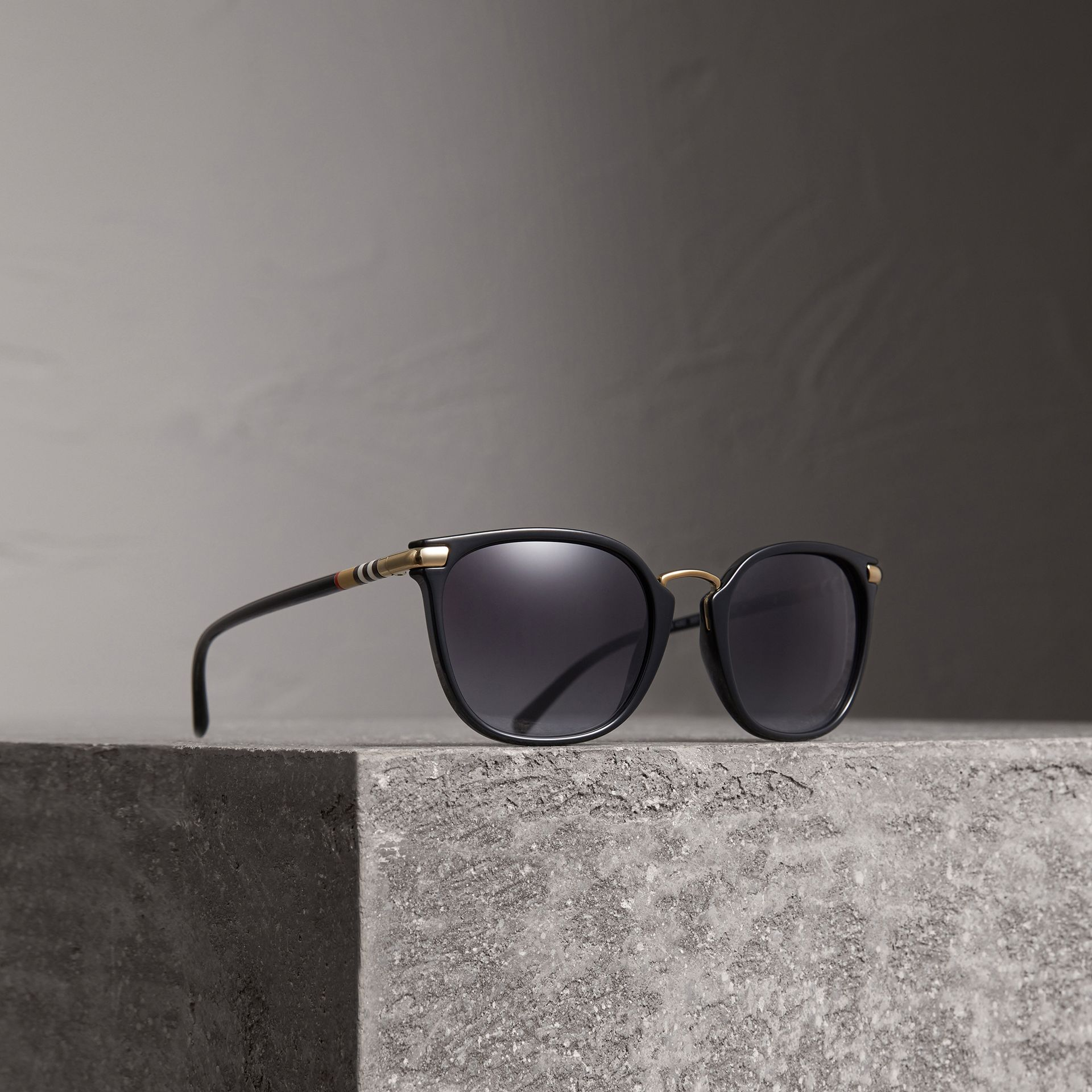 Check Detail Square Frame Sunglasses in Black - Women | Burberry United Kingdom - gallery image 0