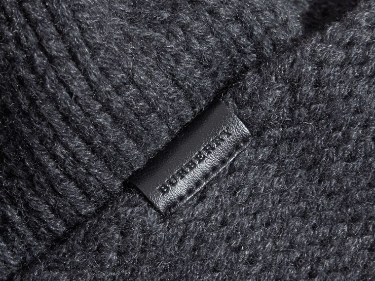 Knitted Cashmere Beanie - cell image 2