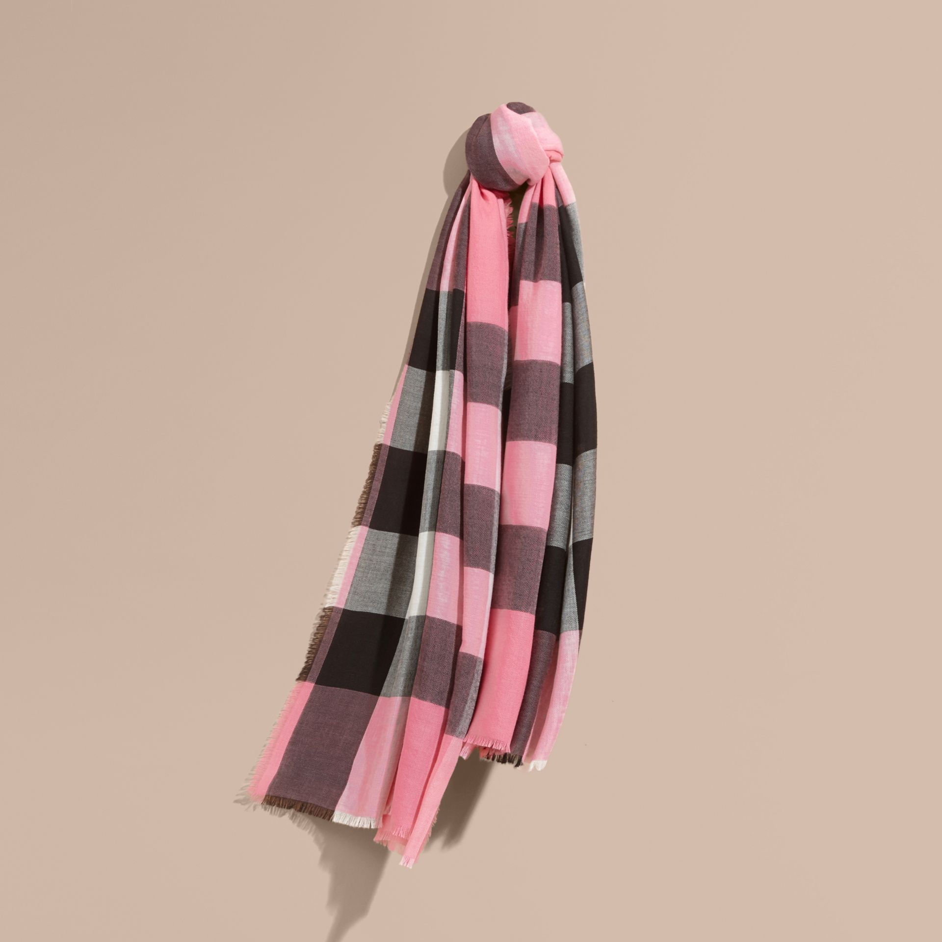Rose pink The Lightweight Cashmere Scarf in Check Rose Pink - gallery image 6