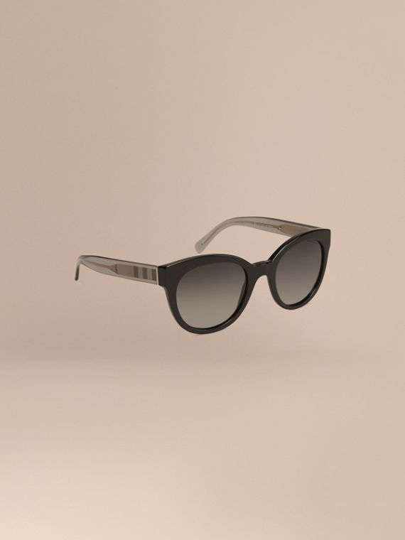 Check Detail Oval Sunglasses