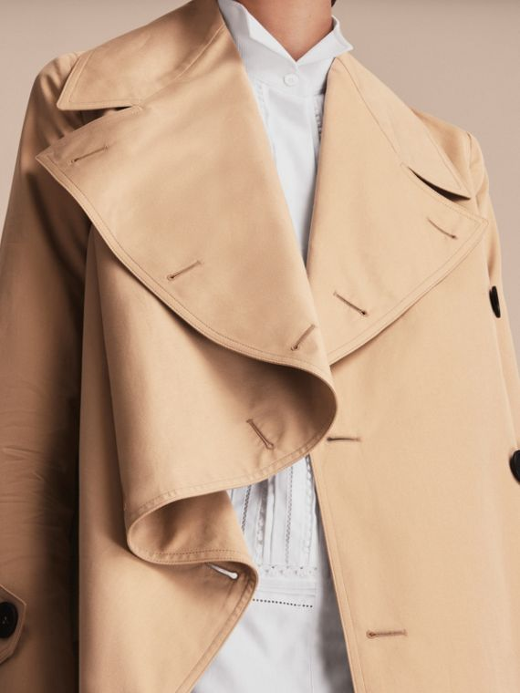 Curved Closure Cotton Gabardine Coat