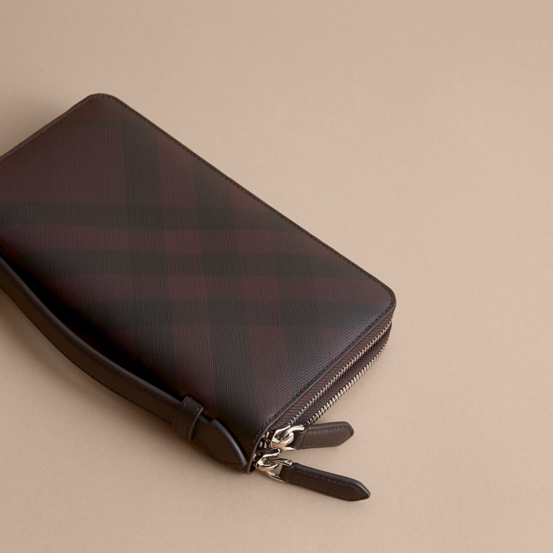 London Check Travel Wallet in Deep Claret - Men | Burberry - gallery image 3