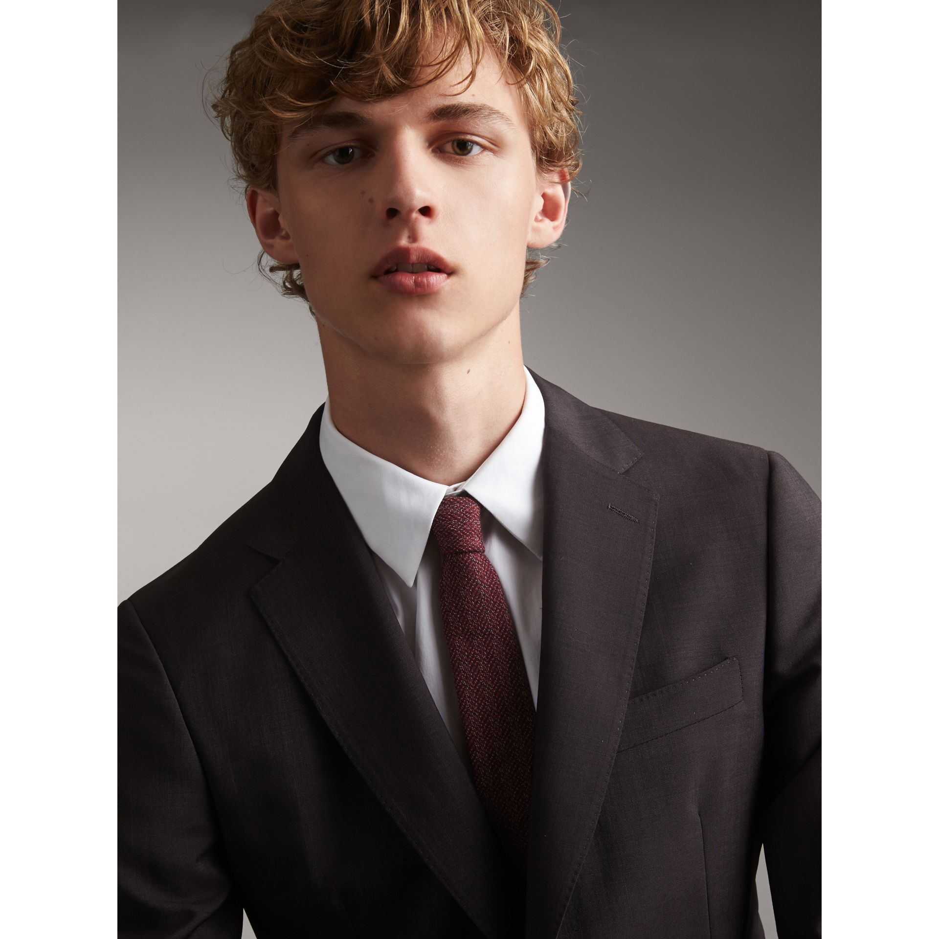 Slim Cut Flecked Silk Tie in Crimson Pink - Men | Burberry Canada - gallery image 3