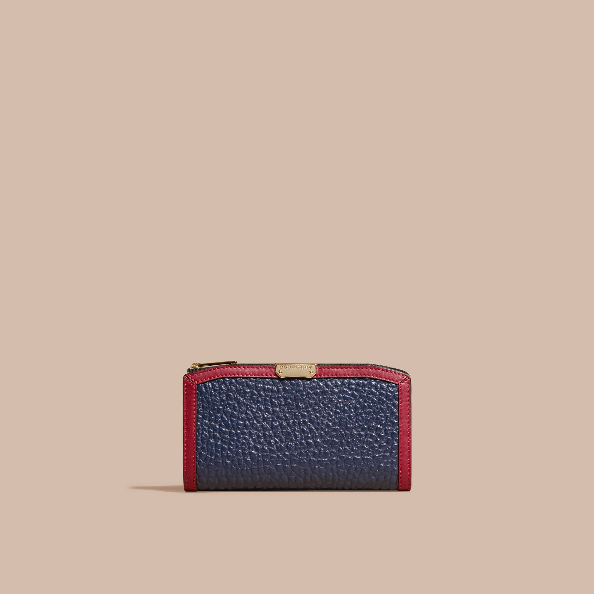 Blue carbon/parade red Border Detail Signature Grain Leather Ziparound Wallet - gallery image 6