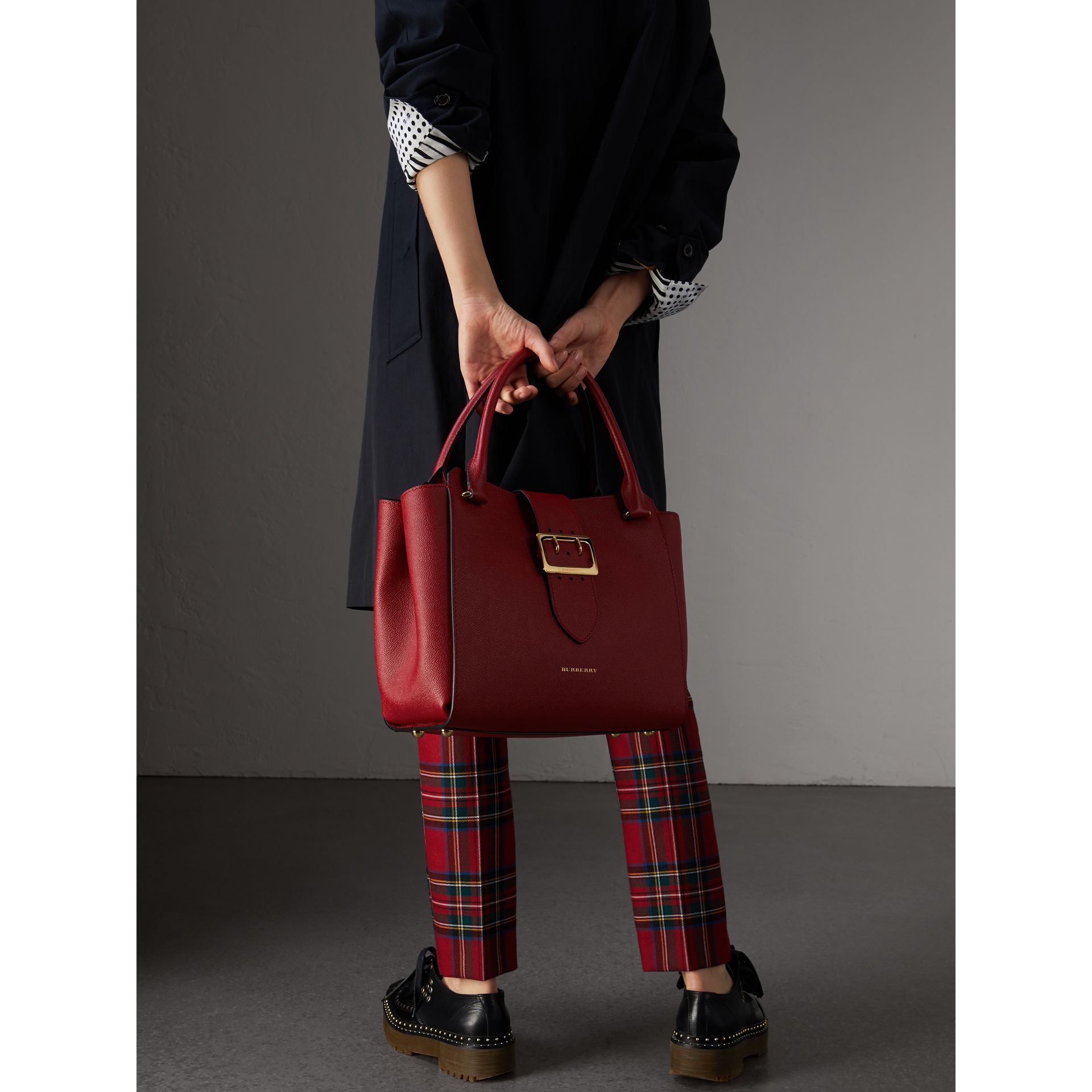 The Medium Buckle Tote in Grainy Leather in Parade Red - Women | Burberry United Kingdom - gallery image 2