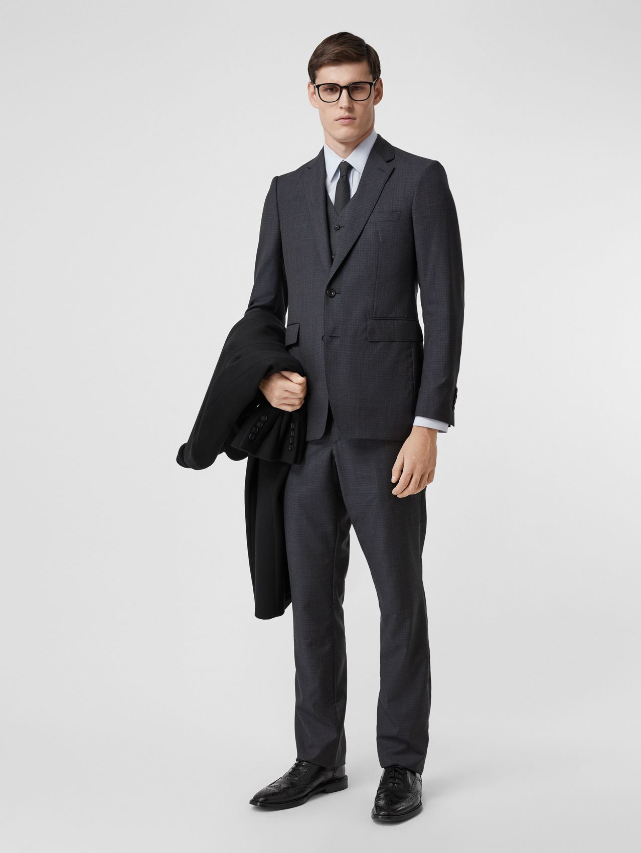 Classic Fit Check Wool Silk Three-piece Suit (Navy)