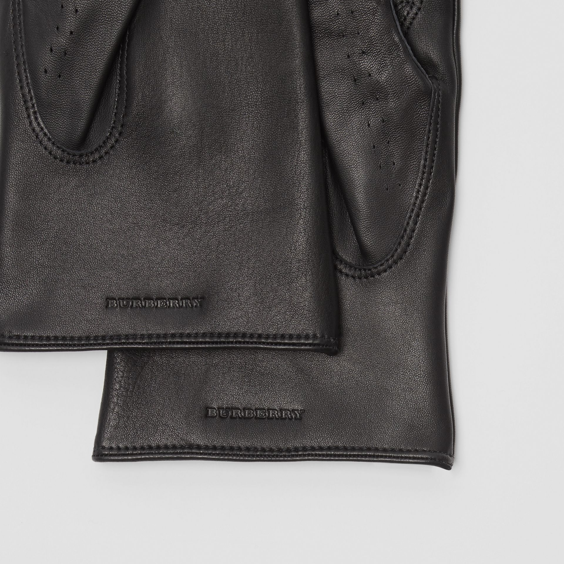 Cashmere-lined Lambskin Gloves in Black | Burberry - gallery image 1