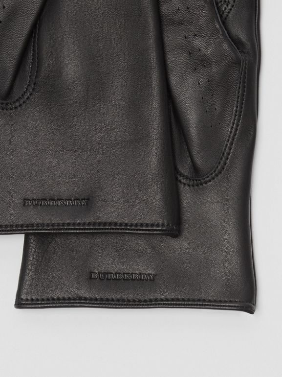 Cashmere-lined Lambskin Gloves in Black | Burberry United Kingdom - cell image 1