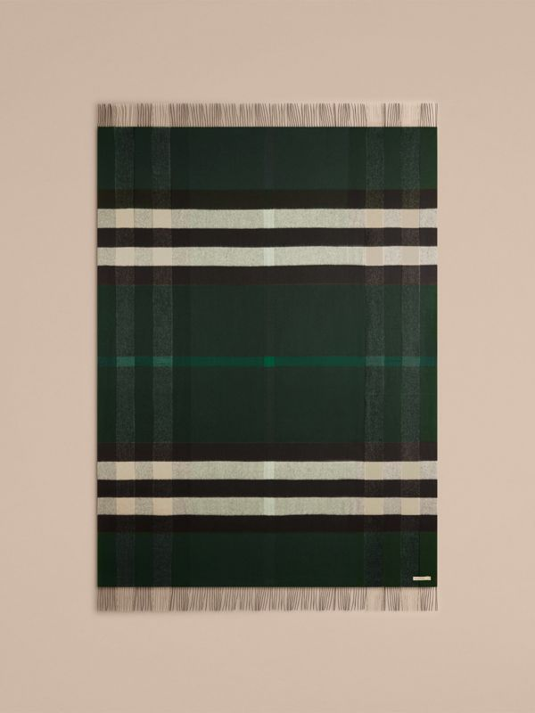 Check Cashmere Blanket in Dark Forest Green | Burberry United Kingdom - cell image 2