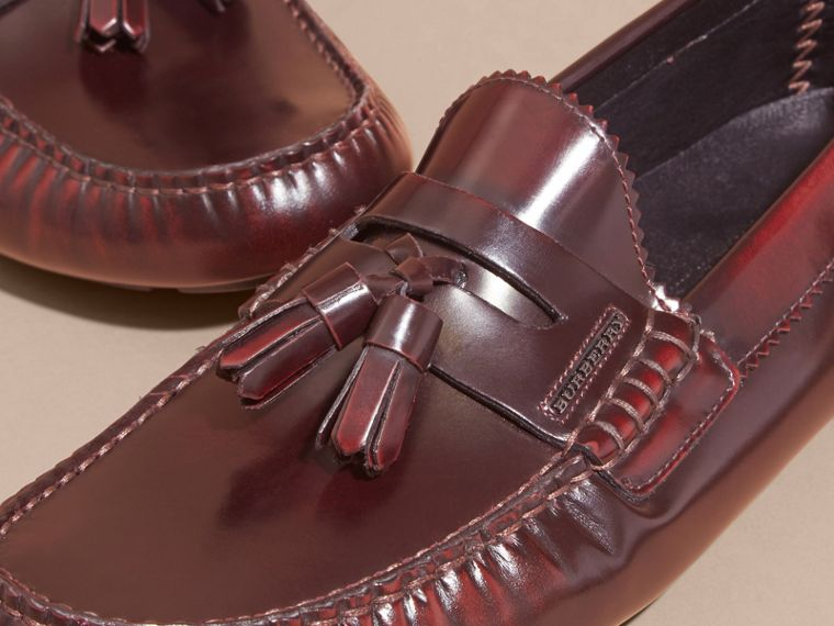 Tasselled Polished Leather Loafers Bordeaux - cell image 1