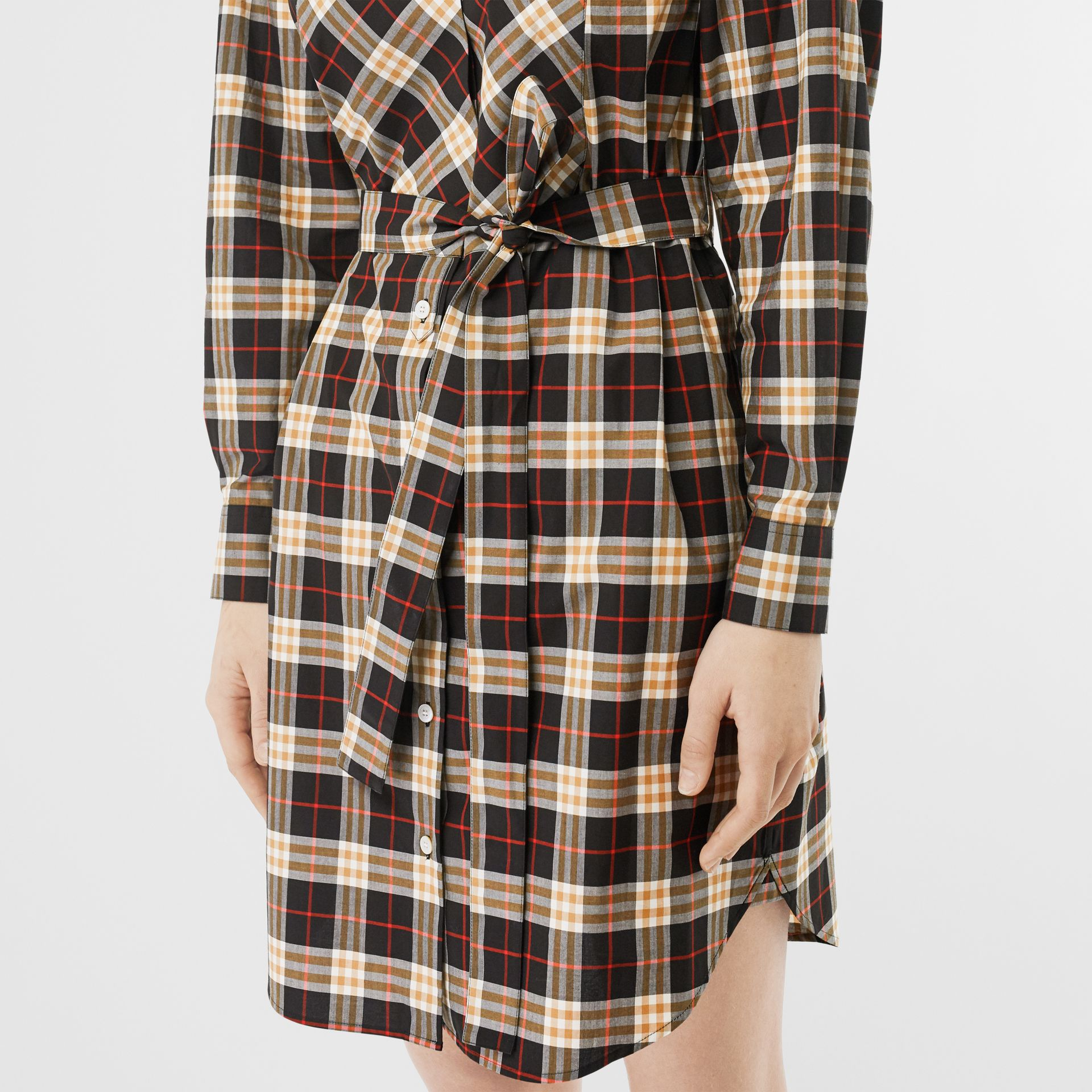 Check Cotton Tie-waist Shirt Dress in Midnight - Women | Burberry Hong Kong - gallery image 3