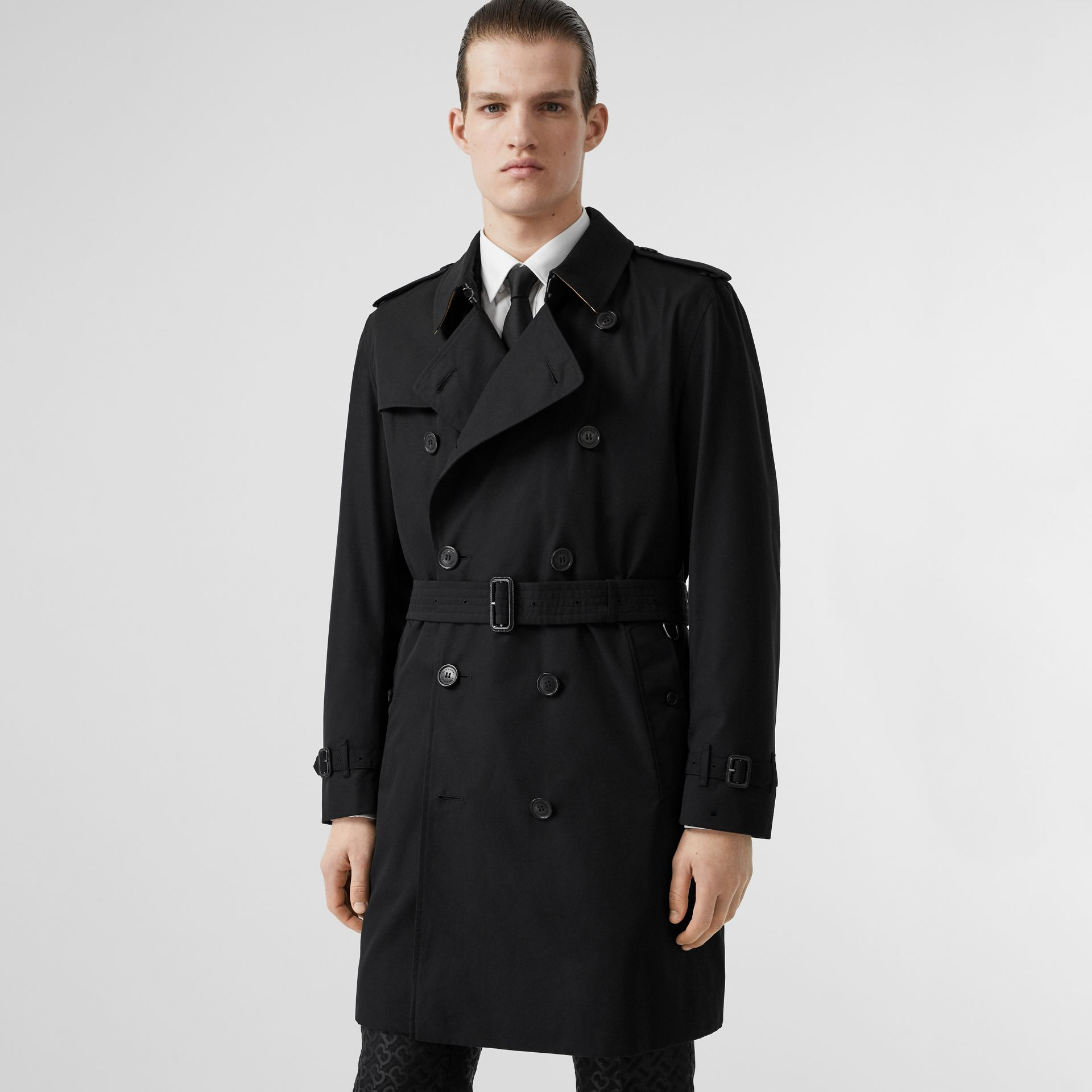 The Kensington Heritage Trench Coat in Black | Burberry - gallery image 6