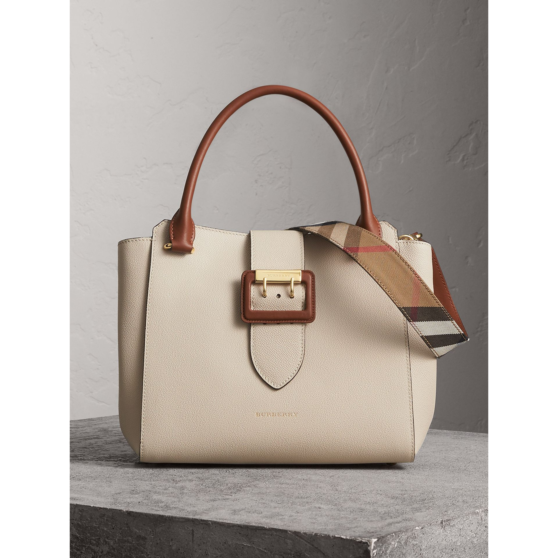 The Medium Buckle Tote in Two-tone Grainy Leather in Limestone - Women | Burberry United Kingdom - gallery image 1