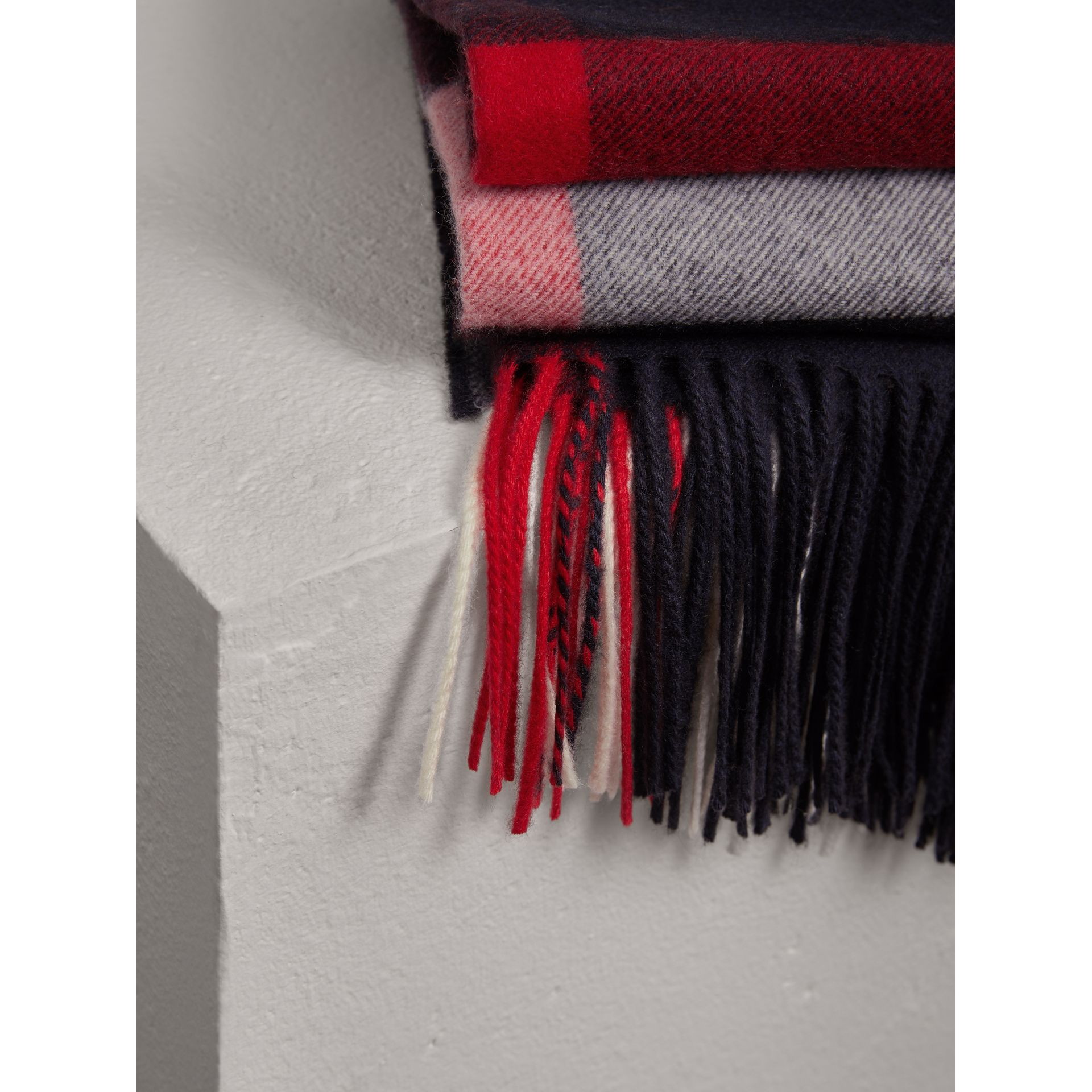 Check Cashmere Blanket in Navy | Burberry United Kingdom - gallery image 1
