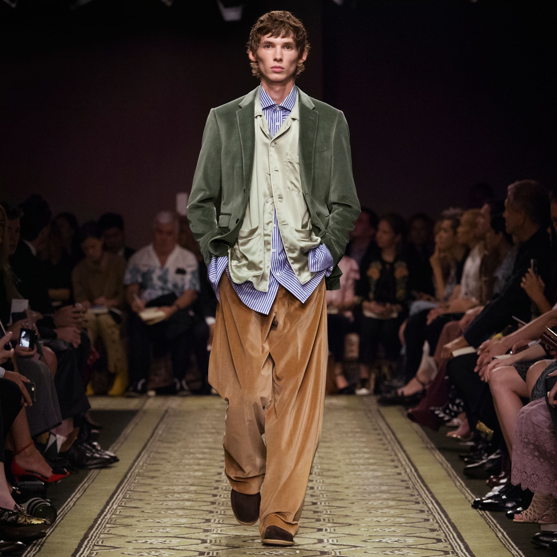 Wide-leg Salt-washed Velvet Trousers in Mid Camel - gallery image 7