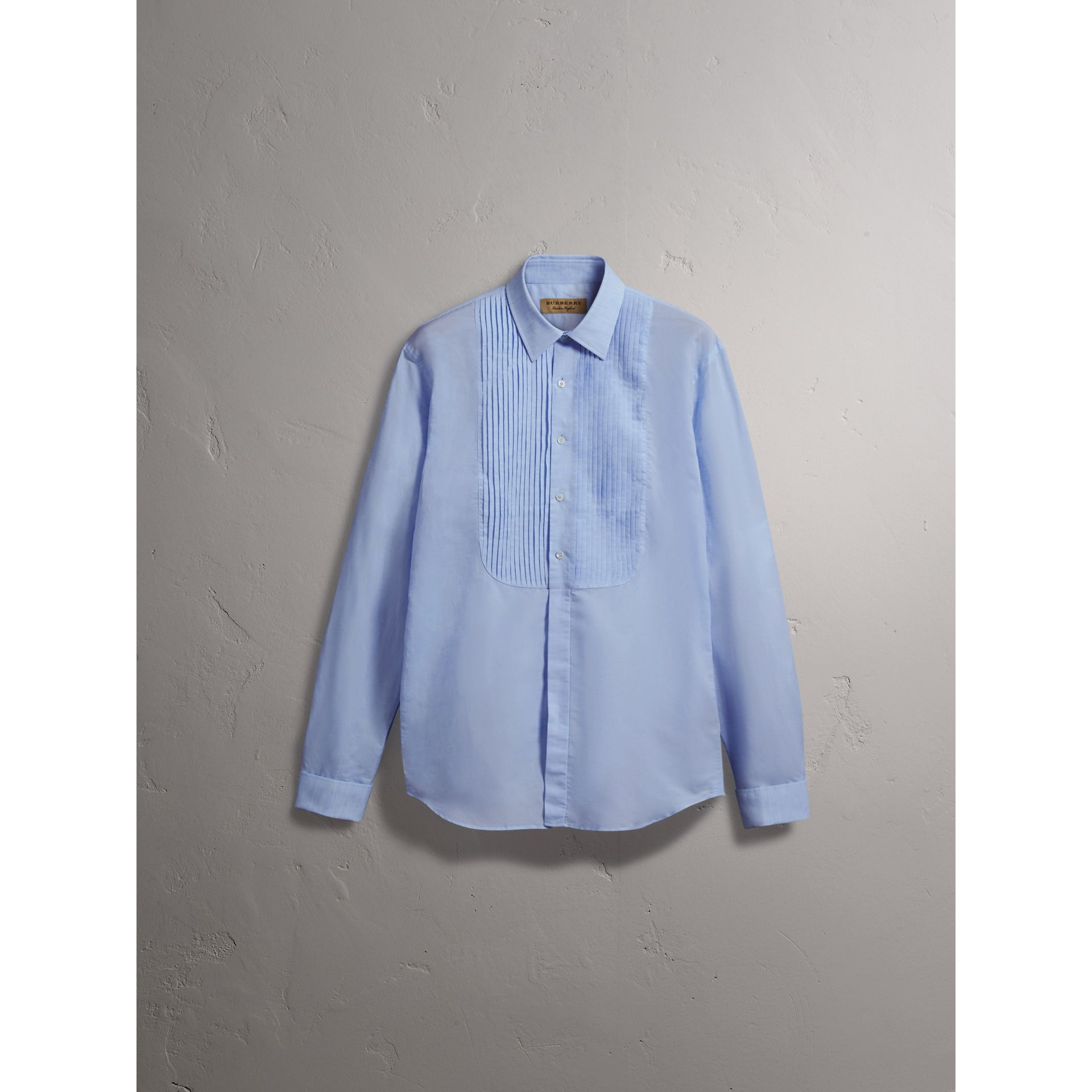 Modern Fit Linen Cotton Dress Shirt in Pale Blue - gallery image 4