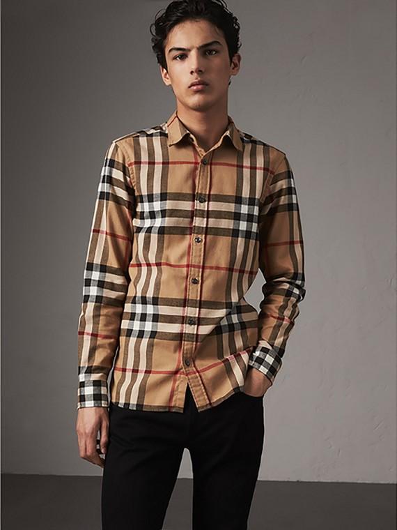 Camicia in flanella di cotone con motivo tartan (Cammello)
