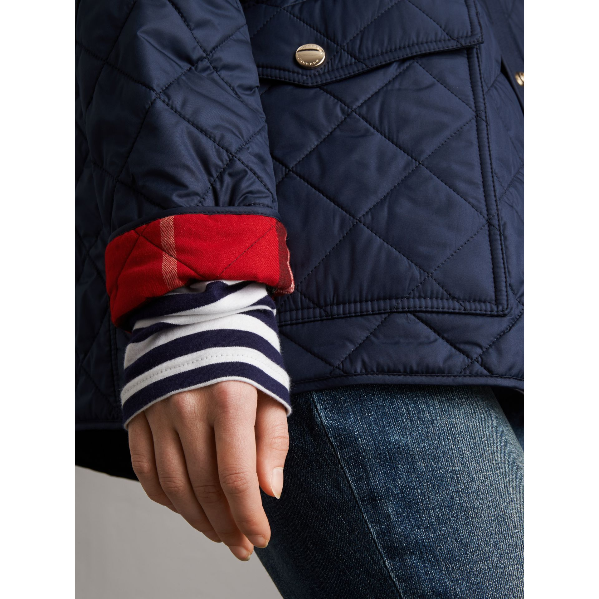 Check Detail Diamond Quilted Jacket in Navy - Women | Burberry Singapore - gallery image 4