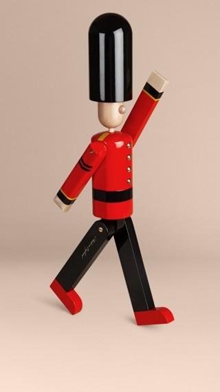 Marionnette en bois à l'effigie du Grenadier en édition limitée