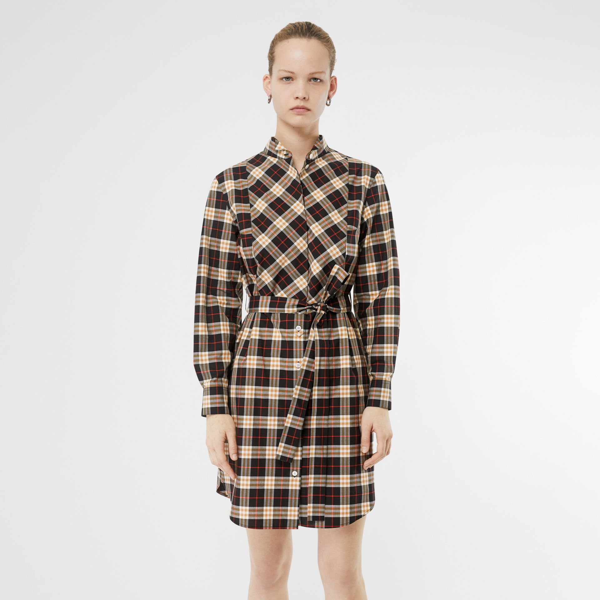 Check Cotton Tie-waist Shirt Dress in Midnight - Women | Burberry United States - gallery image 4
